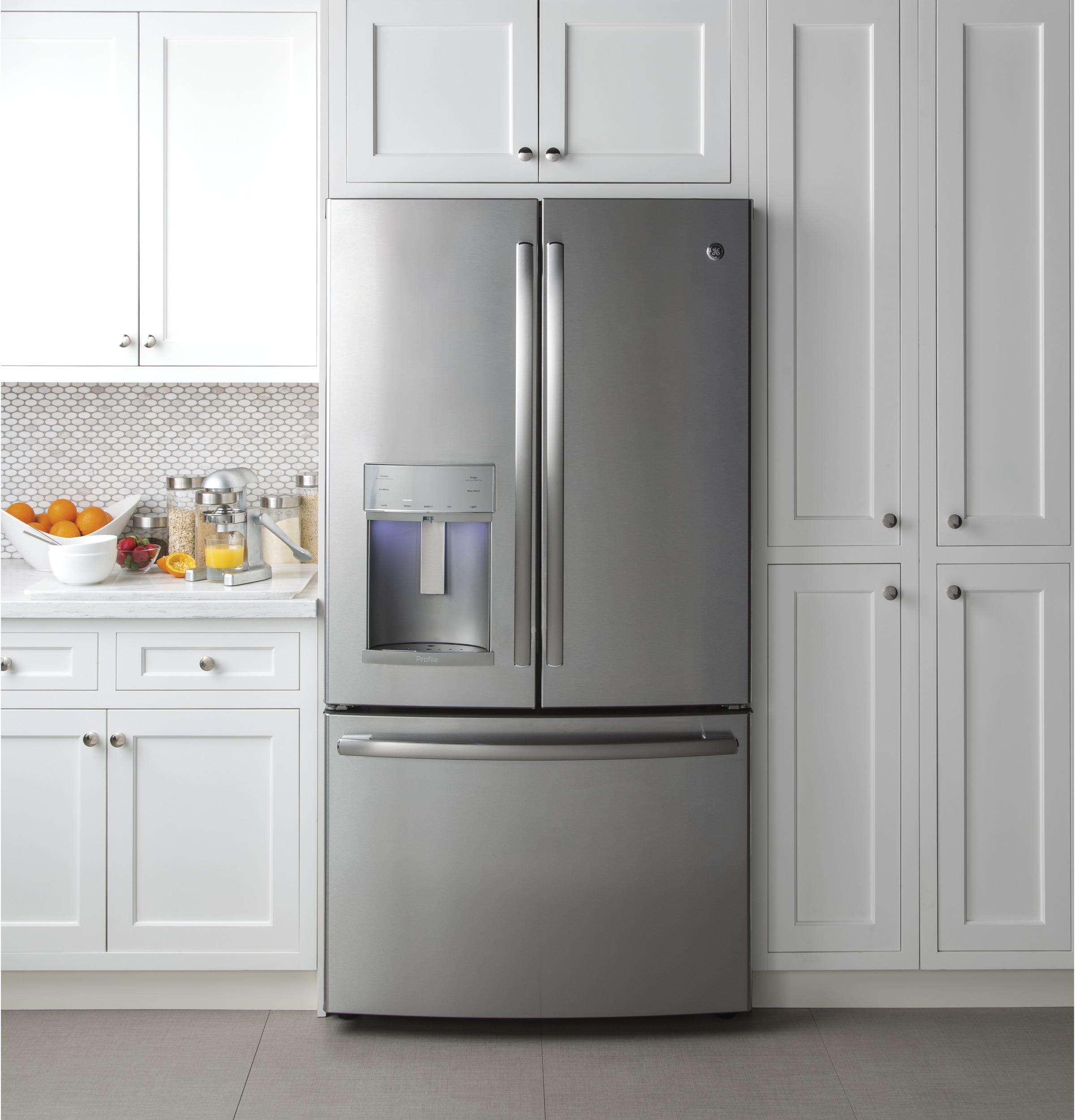 Superbe GE Profile™ Series ENERGY STAR® 22.2 Cu. Ft. Counter Depth French
