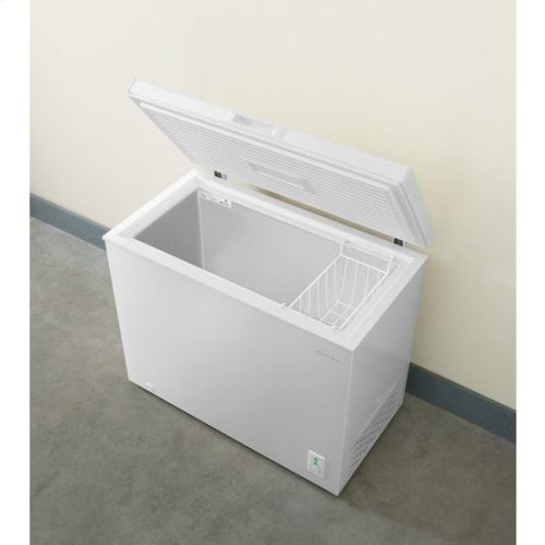 7.0 Cu. Ft. Compact Freezer with 1 Basket - white