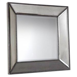 Bassett FurnitureSmall Beaded Wall Mirror