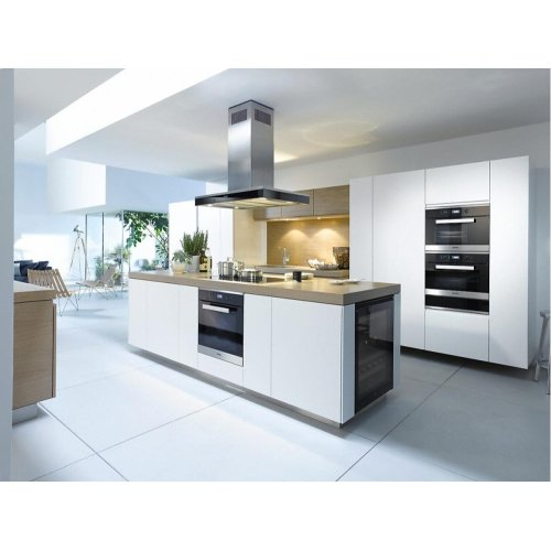DA 6690 D Puristic Edition 6000 AM Island décor hood with energy-efficient LED lighting and touch controls for simple operation.