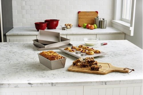 Classic Nonstick 5-piece Bakeware Set - Other