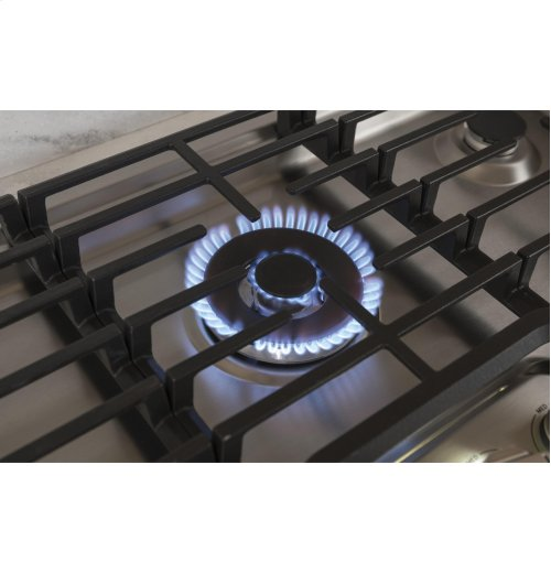 "GE Cafe™ Series 30"" Built-In Gas Cooktop"