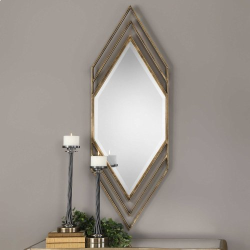 Javon Mirror