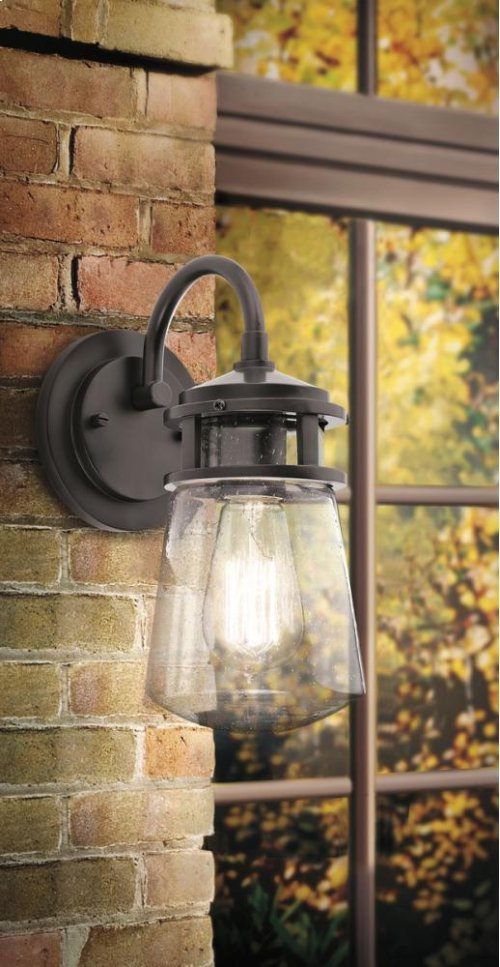 Lyndon Collection Lyndon 1 Light Outdoor Wall Light BA