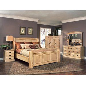 A AmericaQueen Arch Panel Bed