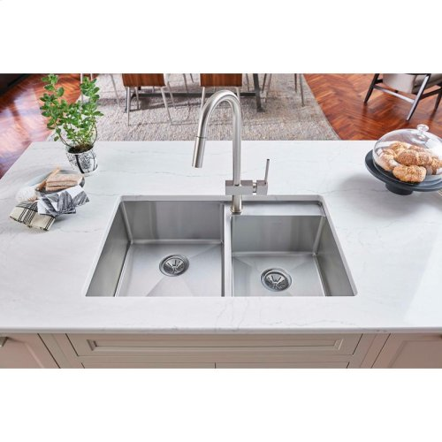 """Elkay Crosstown Stainless Steel 32-1/2"""" x 20-1/2"""" x 9"""", Offset Double Bowl Undermount Sink with Water Deck"""