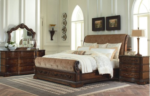 Pemberleigh Sleigh Bed CA King
