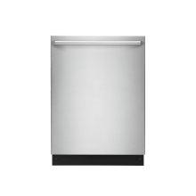 24'' Built-In Dishwasher with IQ-Touch Controls - Floor Model