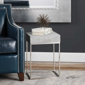 Jude, Accent Table