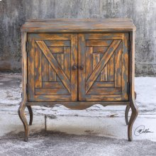 Holbrook, Accent Chest