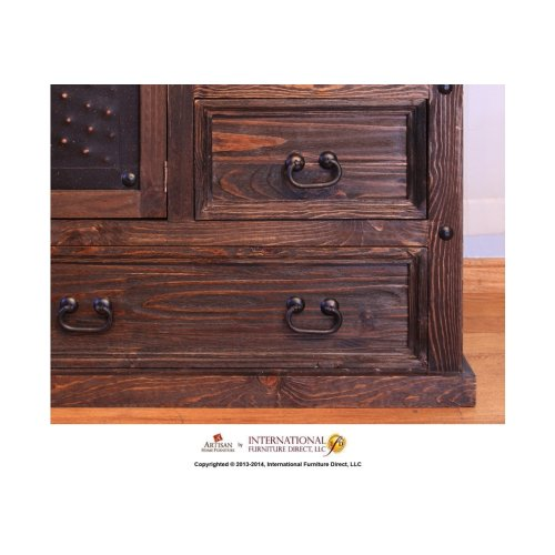 8 Drawer Dresser w/ 2 Doors