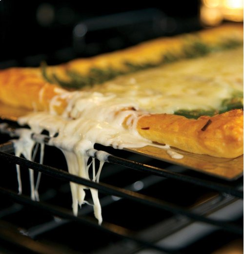 """GE® 27"""" Built-In Combination Microwave/Thermal Wall Oven"""