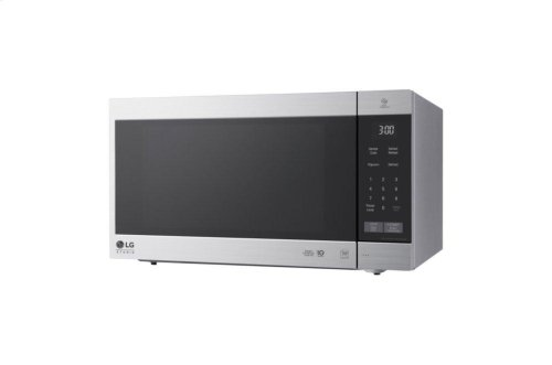 LG STUDIO 2.0 cu. ft. NeoChef Countertop Microwave with Smart Inverter and EasyClean®