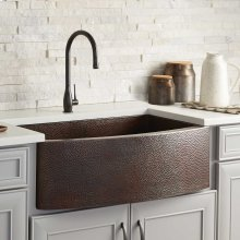 Rhapsody Farmhouse Sink in Antique
