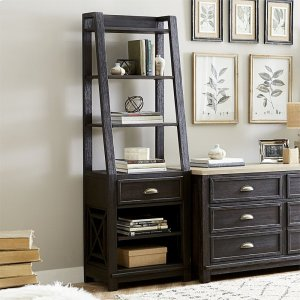 Liberty Furniture IndustriesLeaning Bookcase Pier