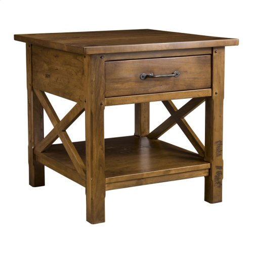 Classic Elements End Table with Drawer