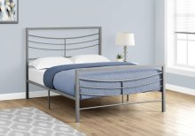 BED - FULL SIZE / SILVER METAL FRAME ONLY