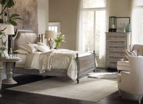 True Vintage King Leather Upholstered Poster Bed