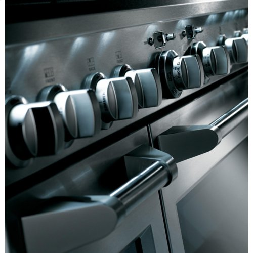 """Monogram 30"""" All Gas Professional Range with 4 Burners (Natural Gas)"""