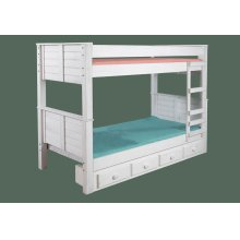 Twin/Twin Post Bunk Bed w/Queen Rails