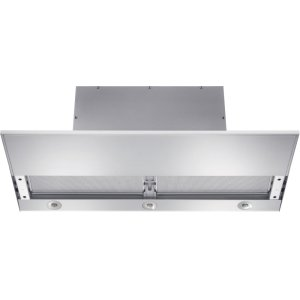 MieleBuilt-in ventilation hood with motorized pull-out canopy for maximum convenience.