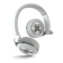 Synchros E40BT Bluetooth® on-ear Headphones with music sharing feature