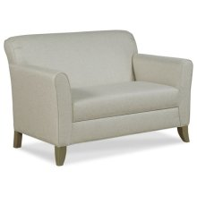 Hunter Loveseat