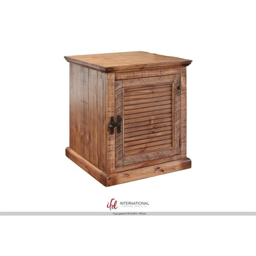 4 Doors Cocktail Table