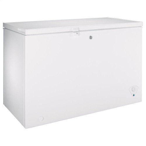 GE® ENERGY STAR® 10.6 Cu. Ft. Manual Defrost Chest Freezer