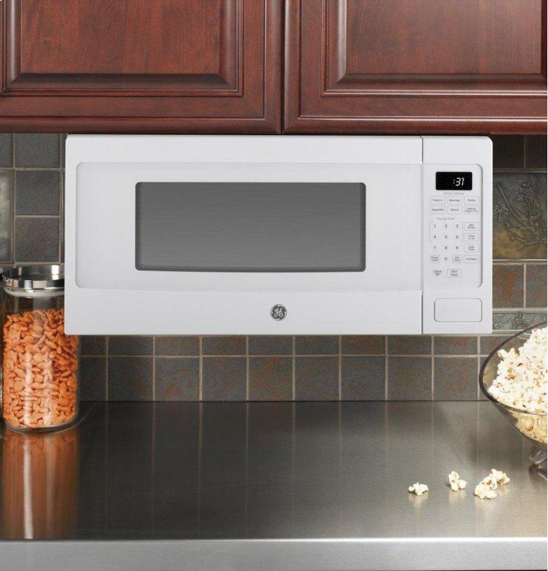 GE Profile™ Series 1 1 Cu  Ft  Countertop Microwave Oven