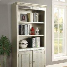 Anne Bookshelf