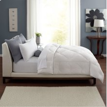 Twin Classic Down Comforter