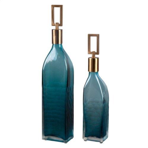 Annabella, Bottles, S/2