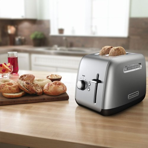 2-Slice Toaster with manual lift lever - Contour Silver