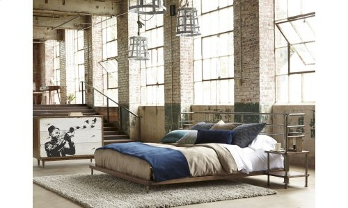 Epicenters King Factory Platform Bed + 2 Nightstands