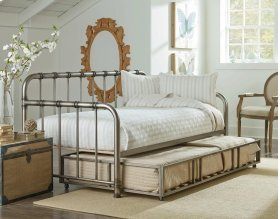 Twin Daybed and Trundle Unit
