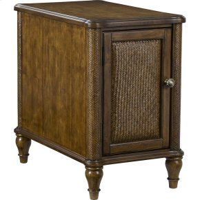 Amalie Bay Chairside Table