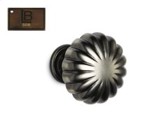 Model 138, Round Cabinet Knob, Brushed Antique Brass - California