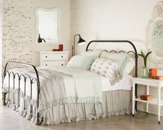 Primitive Colonnade Bedroom