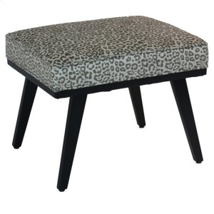 CRESTVIEW COLLECTIONSSerengetti Grey Leopard Accent Stool