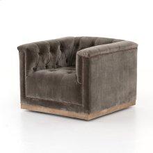 Sapphire Birch Cover Maxx Swivel Chair