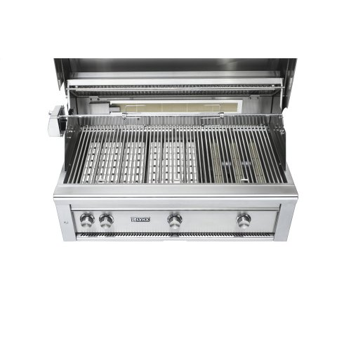 "36"" Lynx Professional Built In Grill with 1 Trident and 2 Ceramic Burners and Rotisserie, LP"