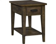Creedmoor Chairside Table Product Image