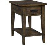 Creedmoor Chairside Table Product Image