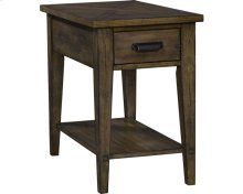 Creedmoor Chairside Table