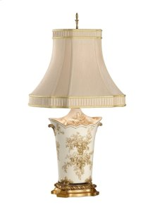 Scallop Toile Bouquet Lamp