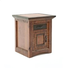 Chesapeake - 1 Door 1 Drawer Nightstand