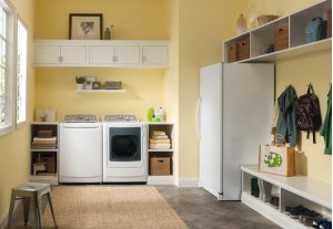RED HOT BUY-BE HAPPY! Frigidaire Affinity High Efficiency Top Load Washer