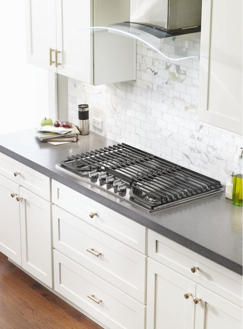 36 Inch 5 Burner Gas Cooktop With Ez 2 Lift Hinged Cast Iron