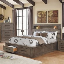 California King-Size Oakburn Bed